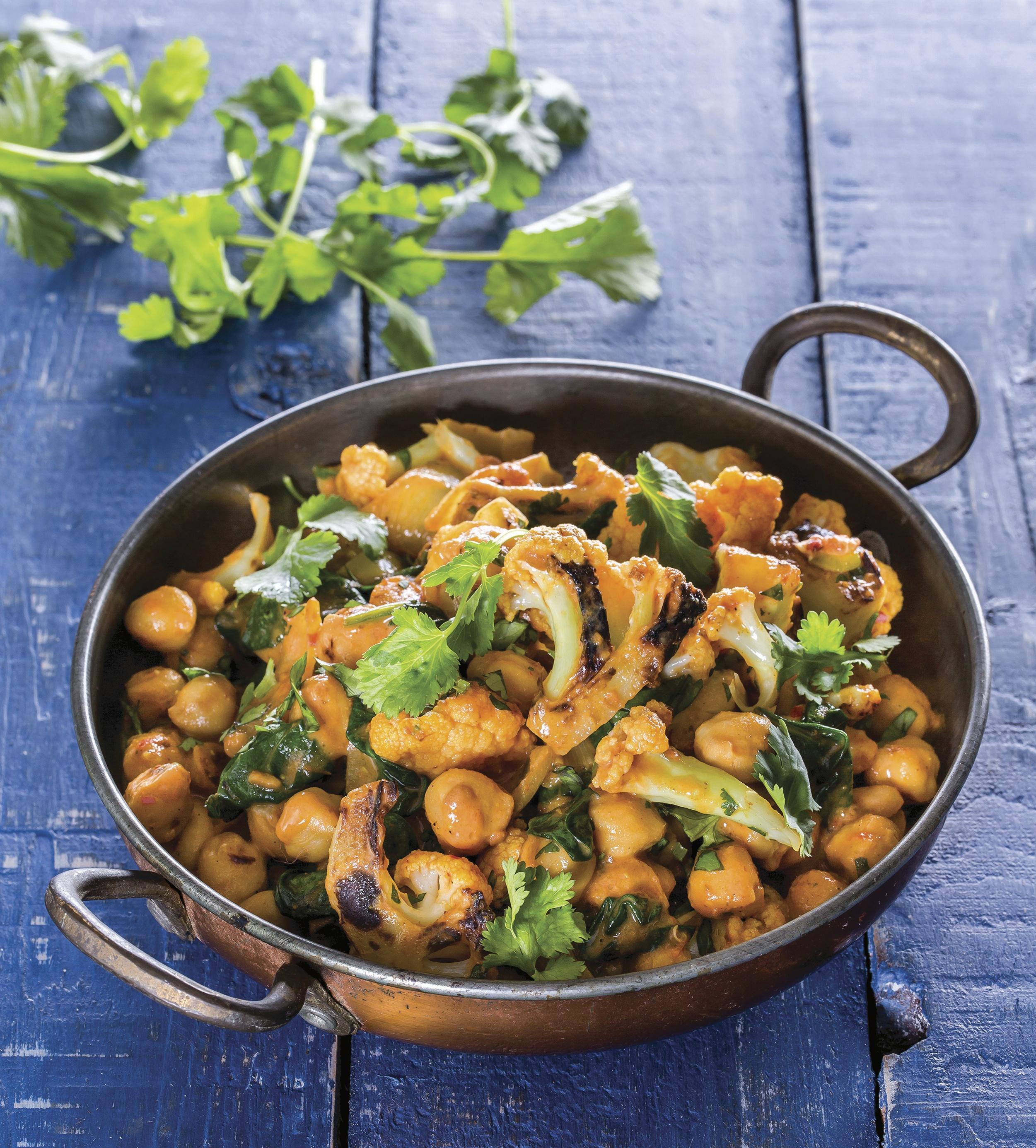 recipe: spinach and cauliflower bhaji [19]